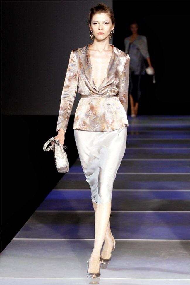 MILAN FASHION WEEK Giorgio Armani Spring 2012. www.imageamplified.com, Image Amplified (1)