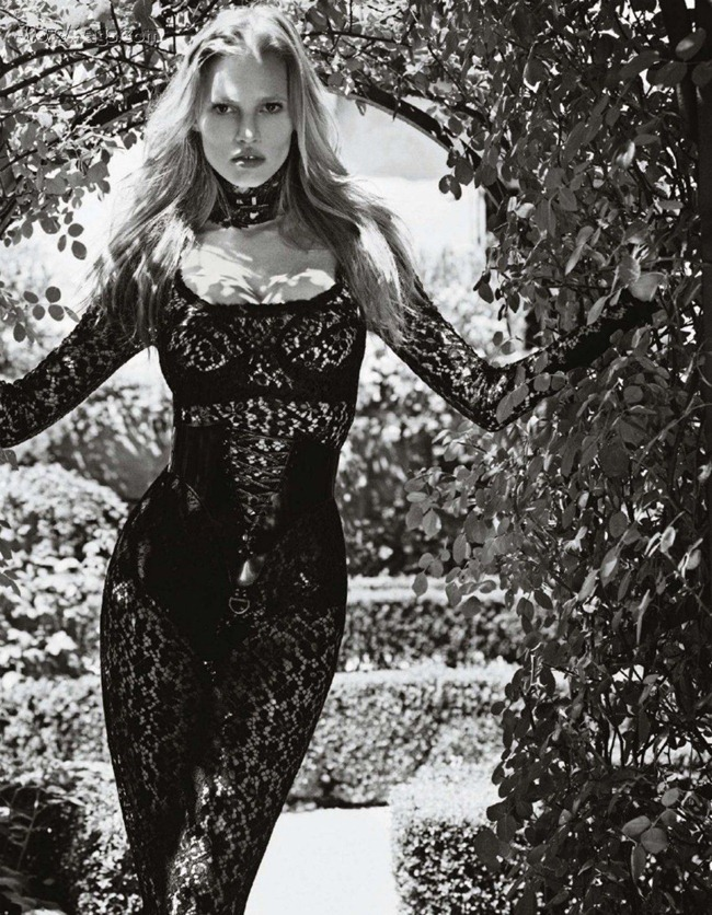 VOGUE JAPAN Lara Stone by Mario Sorrenti. November 2011, George Cortina, www.imageamplified.com, Image Amplified (2)