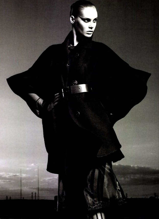 NUMERO MAGAZINE Juju Ivanyuk in L'aigle Noir by Robbie Fimmano. Charles Varenne, www.imageamplified.com, Image Amplified (4)