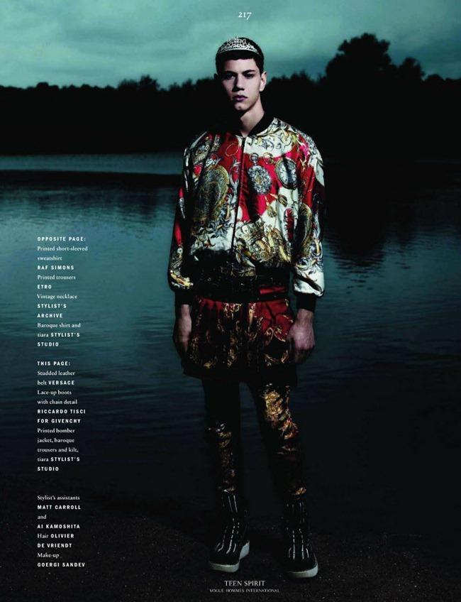 VOGUE HOMME INTERNATIONAL Simone Nobili in Teen Spirit by Willy Vanderperre. Panos Yiapanis, Fall 2011, www.imageamplified.com, Image Amplified (5)