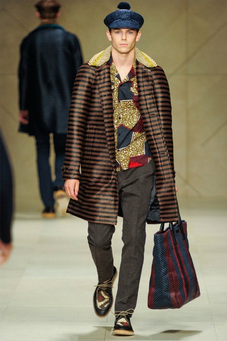 MILAN FASHION WEEK Burberry Prorsum Spring 2012. www.imageamplified.com, Image Amplified (45)