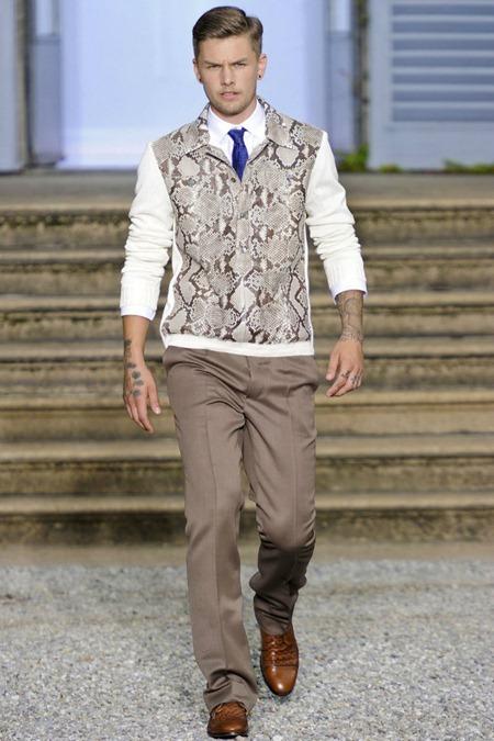 MILAN FASHION WEEK Roberto Cavalli Spring 2012. www.imageamplified.com, Image Amplified (29)