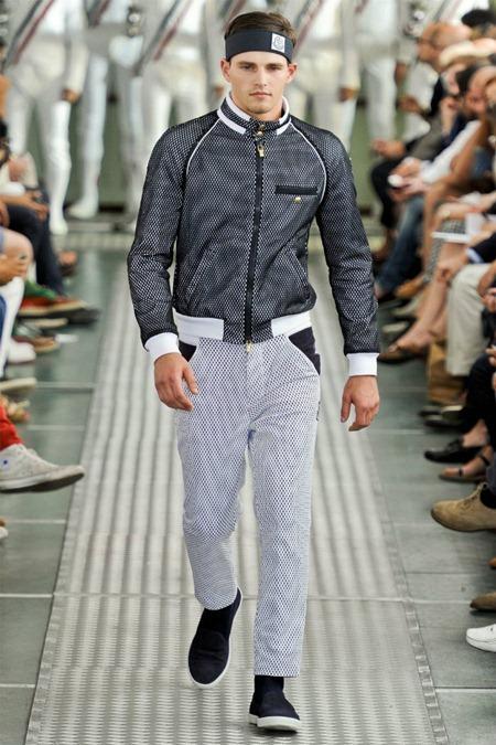 MILAN FASHION WEEK Moncler Gamme Bleu Spring 2012. www.imageamplified.com, Image Amplified (26)