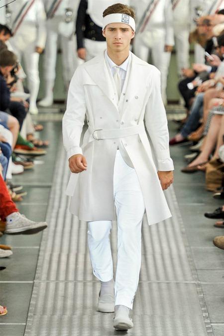 MILAN FASHION WEEK Moncler Gamme Bleu Spring 2012. www.imageamplified.com, Image Amplified (31)