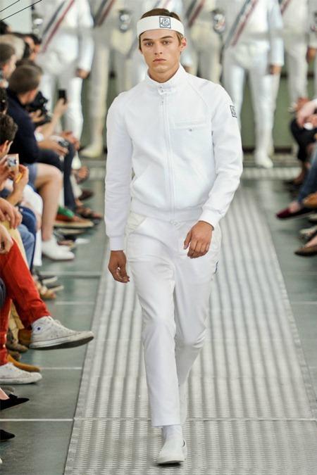 MILAN FASHION WEEK Moncler Gamme Bleu Spring 2012. www.imageamplified.com, Image Amplified (32)