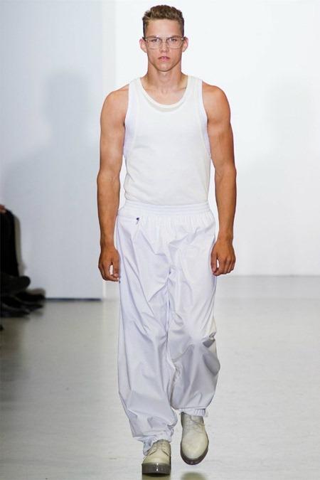 MILAN FASHION WEEK Calvin Klein Collection Spring 2012. www.imageamplified.com, Image Amplified (43)