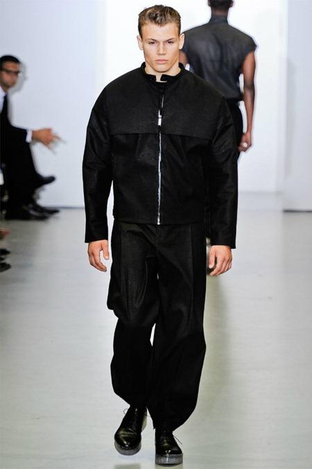 MILAN FASHION WEEK Calvin Klein Collection Spring 2012. www.imageamplified.com, Image Amplified (10)