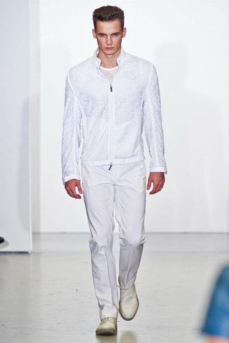 MILAN FASHION WEEK Calvin Klein Collection Spring 2012. www.imageamplified.com, Image Amplified (22)