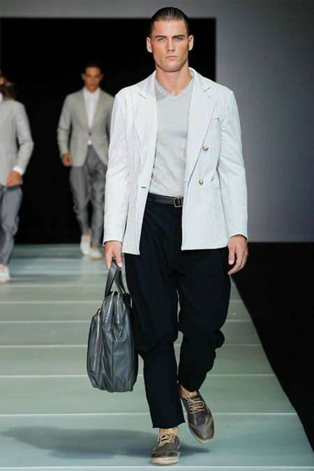 MILAN FASHION WEEK Giorgio Armani Spring 2012. www.imageamplified.com, Image Amplified (13)