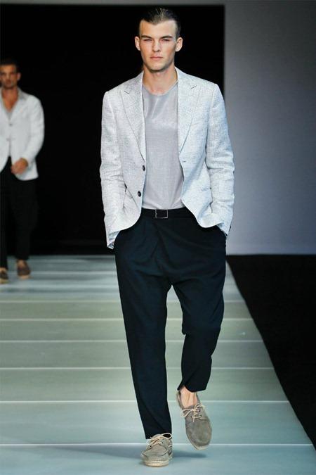 MILAN FASHION WEEK Giorgio Armani Spring 2012. www.imageamplified.com, Image Amplified (16)