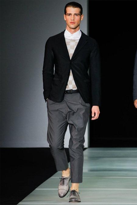 MILAN FASHION WEEK Giorgio Armani Spring 2012. www.imageamplified.com, Image Amplified (58)
