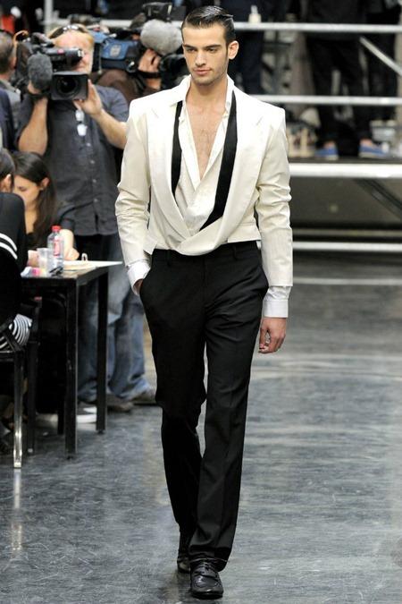 PARIS FASHION WEEK Jean Paul Gaultier Spring 2012. www.imageamplified.com, Image Amplified (9)