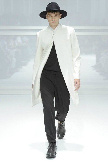 PARIS FASHION WEEK Dior Homme Spring 2012. www.imageamplified.com, Image Amplified (25)