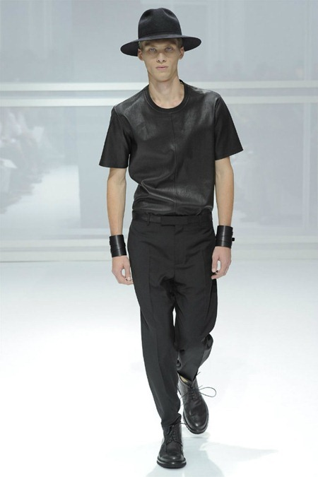 PARIS FASHION WEEK Dior Homme Spring 2012. www.imageamplified.com, Image Amplified (2)