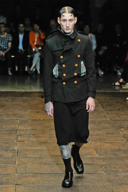 PARIS FASHION WEEK Comme des Garçons Spring 2012. www.imageamplified.com, Image Amplified (36)