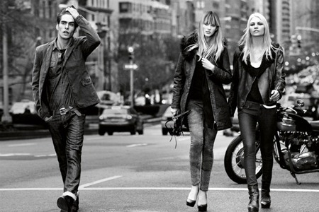 CAMPAIGN Izabel Goulart, Jon Kortajarena, Anne Byalitsyna & Aline Weber for DKNY Fall 2011 by Inez & Vinoodh. www.imageamplified.com, Image Amplified (4)