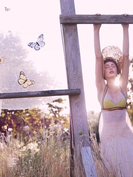 KAREN MAGAZINE Andressa Fontana in Fairy Land by Amanda Pratt. Kate Envin, www.imageamplified.com, Image Amplified (3)