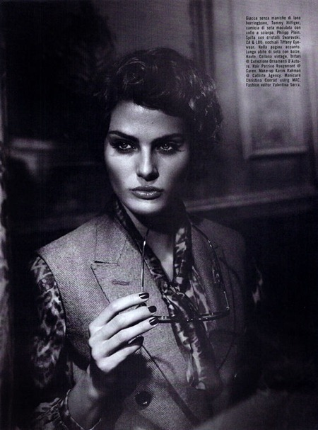 VOGUE ITALIA Isabeli fontana in Vogue Suggestions by Vincent Peters. Valentina Serra, September 2011, www.imageamplified.com, Image Amplified (4)