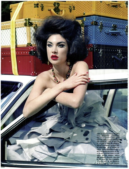 VOGUE ITALIA Jacquelyn Jablonski in Extravagant, Sophisticated Lady by Miles Aldridge. Alice Gentilucci, September 2011, www.imageamplified.com, Image Amplified (9)