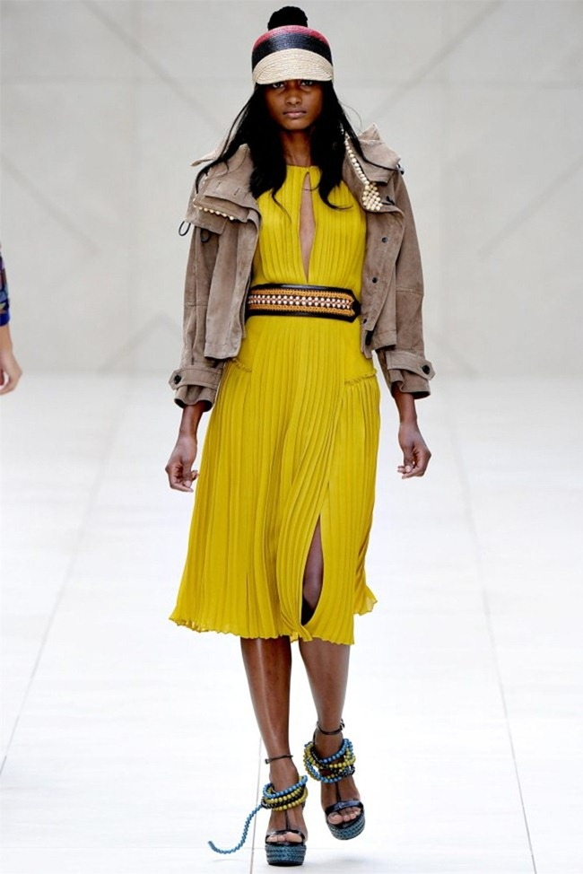 LONDON FASHION WEEK Burberry Prorsum Spring 2012. www.imageamplified.com, Image Amplified (8)