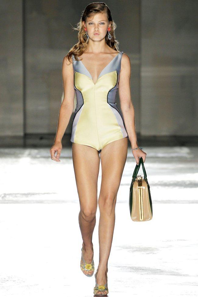 MILAN FASHION WEEK Prada Spring 2012. www.imageamplified.com, Image Amplified (24)