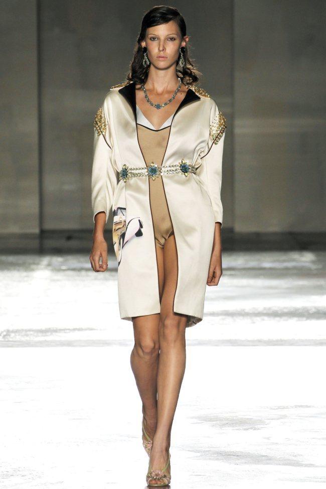 MILAN FASHION WEEK Prada Spring 2012. www.imageamplified.com, Image Amplified (30)