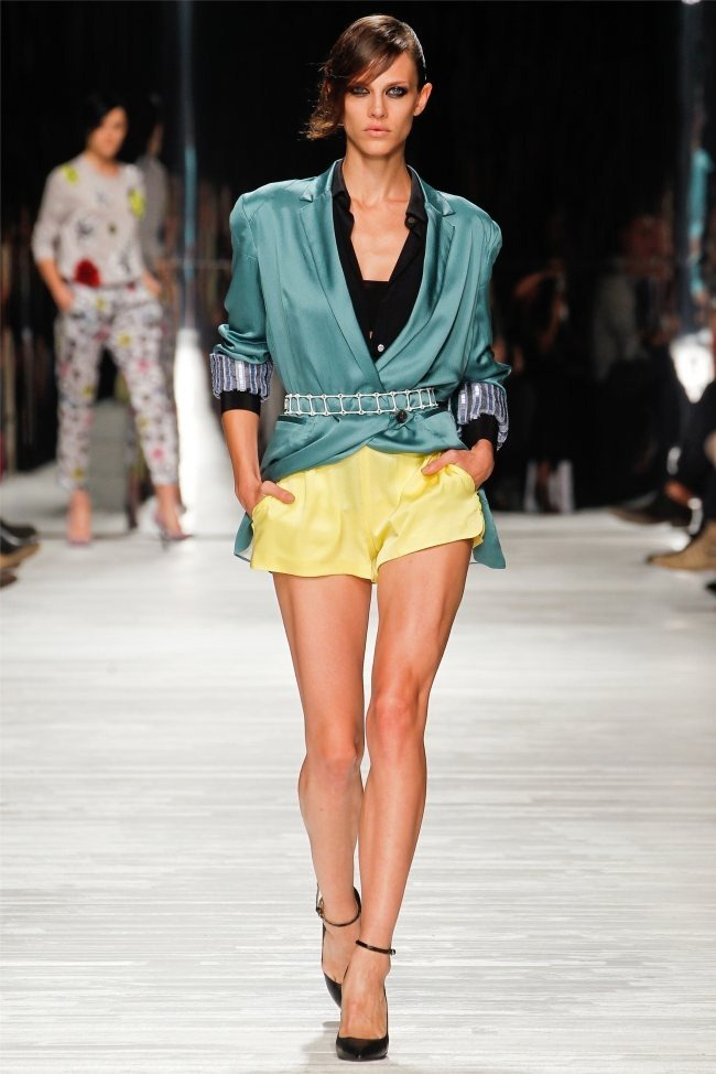 MILAN FASHION WEEK Iceberg Spring 2012. www.imageamplified.com, Image Amplified (18)