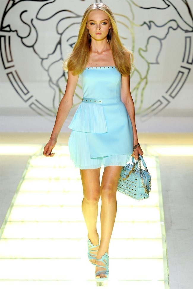 MILAN FASHION WEEK Versace Spring 2012. www.imageamplified.com, Image Amplified (31)