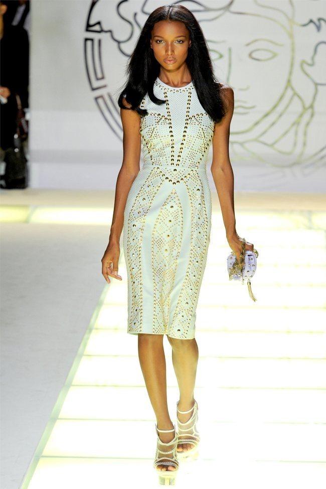 MILAN FASHION WEEK Versace Spring 2012. www.imageamplified.com, Image Amplified (35)