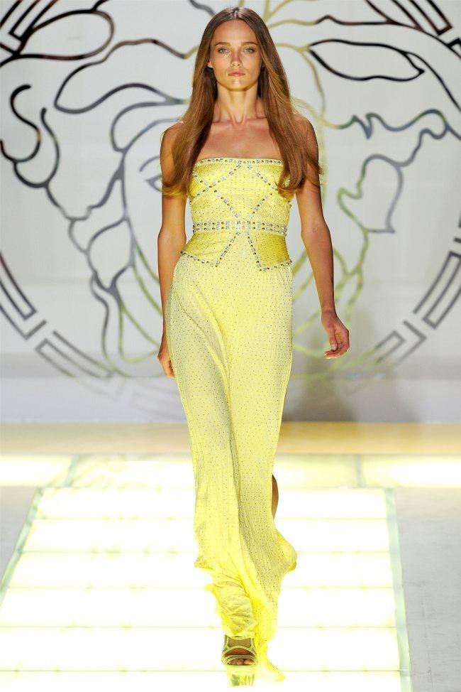 MILAN FASHION WEEK Versace Spring 2012. www.imageamplified.com, Image Amplified (44)
