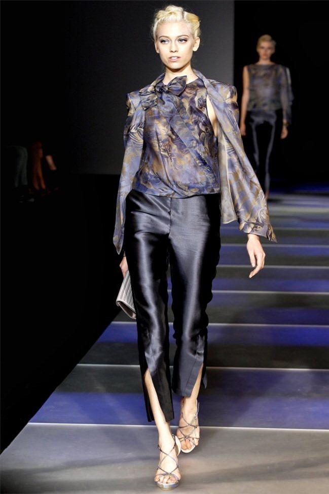 MILAN FASHION WEEK Giorgio Armani Spring 2012. www.imageamplified.com, Image Amplified (8)