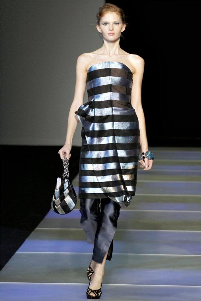 MILAN FASHION WEEK Giorgio Armani Spring 2012. www.imageamplified.com, Image Amplified (33)