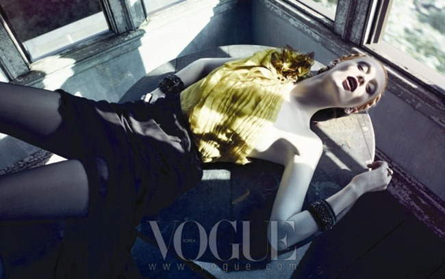 VOGUE KOREA Karen Elson by Rafael Stahelin. Ye Young Kim, October 2011, www.imageamplified.com, Image Amplified (4)