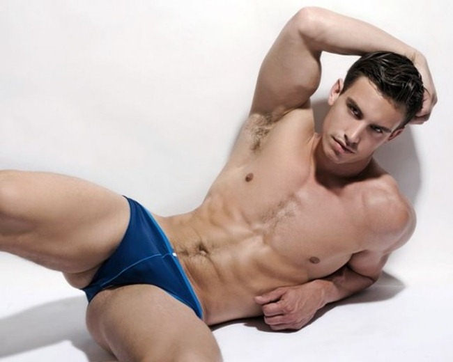 CAMPAIGN Todd Sanfield for Iquoniq Sensual Sport 2011 by Thomas Synnamon. www.imageamplified.com, Image Amplified (3)