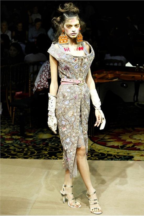 PARIS FASHION WEEK Vivienne Westwood Spring 2012. www.imageamplified.com, Image Amplified (34)