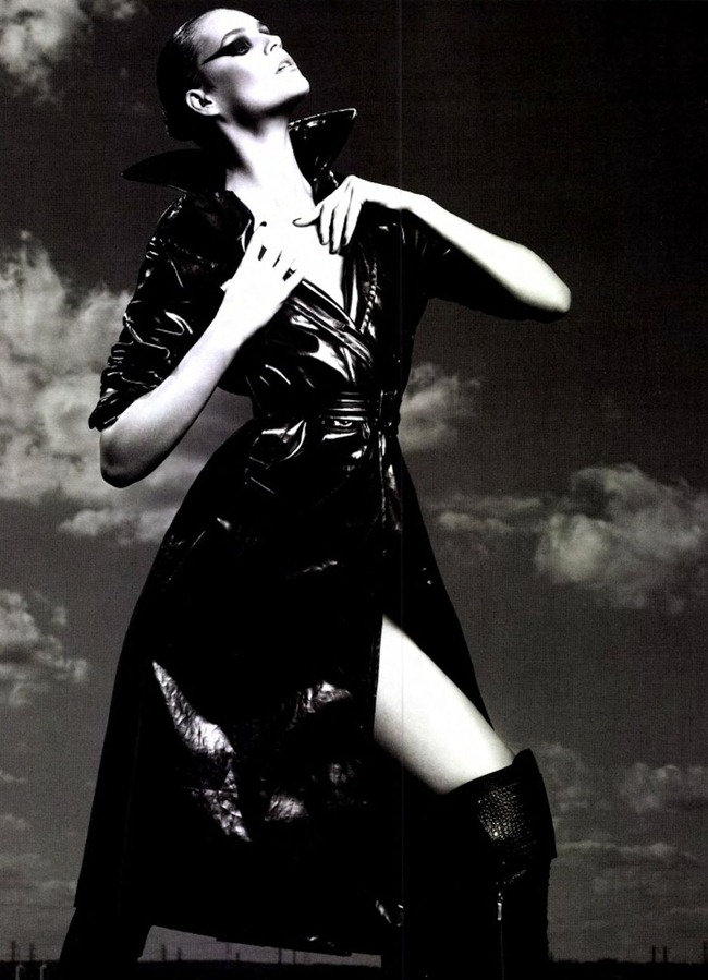 NUMERO MAGAZINE Juju Ivanyuk in L'aigle Noir by Robbie Fimmano. Charles Varenne, www.imageamplified.com, Image Amplified (7)