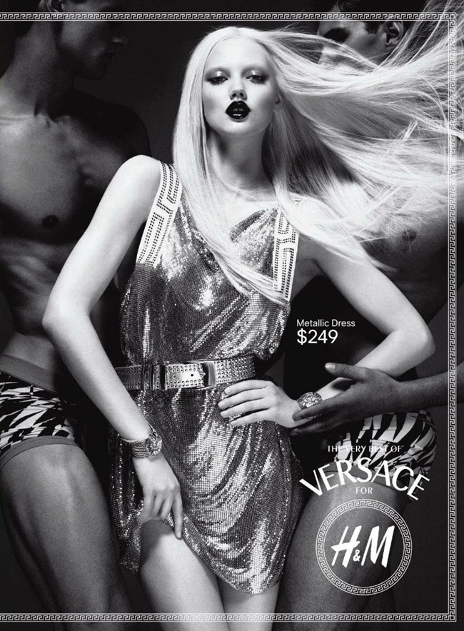PREVIEW Daphen Groenveld & Lindsey Wixson in Versace for H&M Fall 2011 by Mert & Marcus. Joe McKenna, www.imageamplified.com, Image Amplified (1)