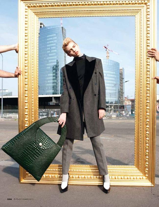 ELLE ITALIA Stella Maxwell in Power Suit by Marcelo Krasilcic. Alberto Zanoletti, October 2011, www.imageamplified.com, Image Amplified (7)