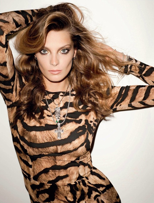 VOGUE RUSSIA Daria Werbowy by Terry Richardson. October 2011, Julia von Boehm, www.imageamplified.com, Image Amplified (7)