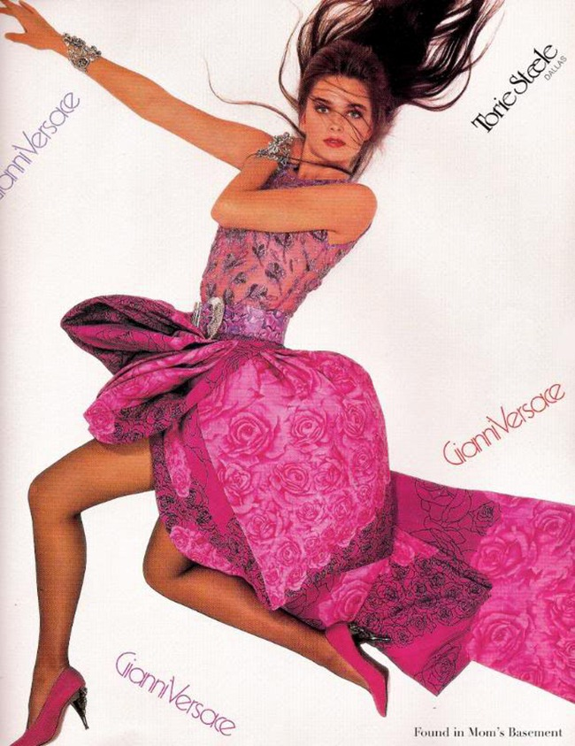 WE ♥ VERSACE Linda Evangelista, Carla Bruni, Naomi Campbell & Claudia Schiffer for Versace 80s & 90s. www.imageamplified.com, Image Amplified (6)