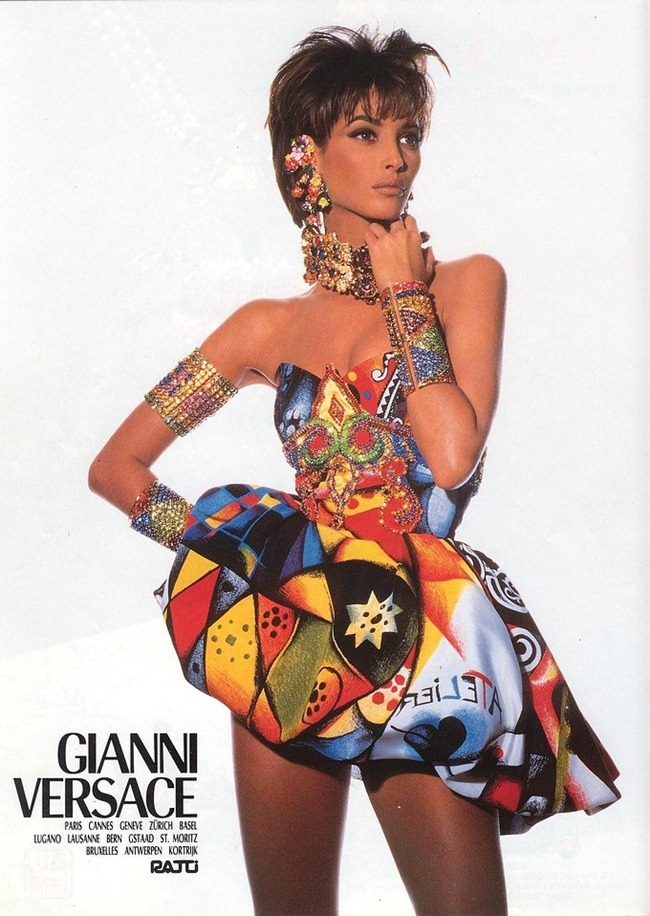 WE ♥ VERSACE- Naomi Campbell, Linda Evangelista & Christy Turlington for Versace Spring 1991 by Irving Penn. www.imageampilfied.com, Image Amplified9