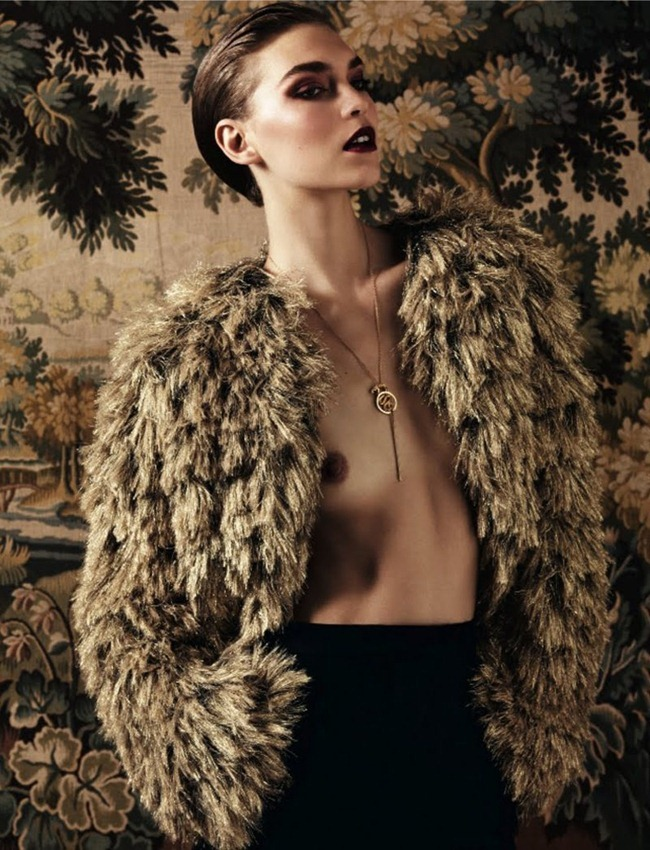 VOGUE RUSSIA- Arizona Muse by Hedi Slimane. December 2011, Sarah Richardson, www.imageamplified.com, Image Amplified8