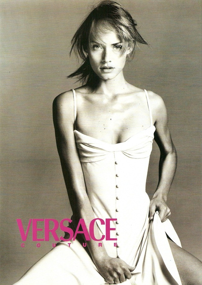 WE ♥ VERSACE- Amber Valletta for Versace Spring Summer 1996. www.imageampilfied.com, Image Amplified3
