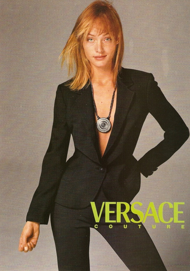 WE ♥ VERSACE- Amber Valletta for Versace Spring Summer 1996. www.imageampilfied.com, Image Amplified5