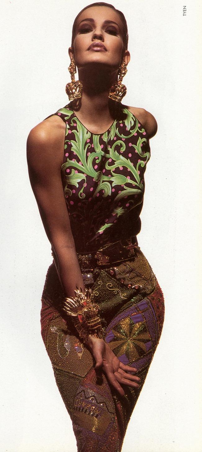 WE ♥ VERSACE- Gurmit, Karen Mulder & Claudia Mason for Atelier Versace S S 1991 by Tyen. www.imageampilfied.com, Image Amplified5