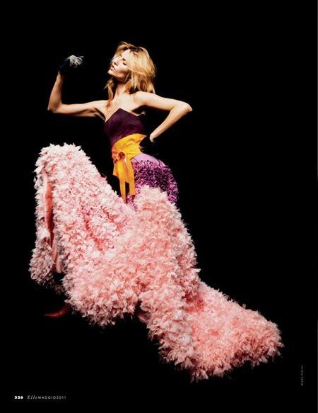 ELLE ITALIA Linda Votjova in Crazy Couture by Mark Pillai. May 2011, Alberto Zanoletti, www.imageamplified.com, Image Amplified (7)