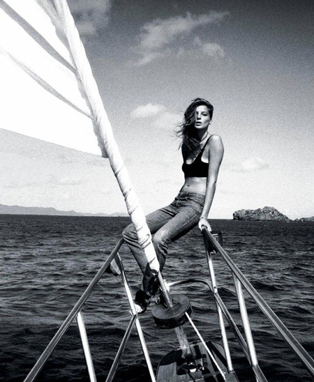 T MAGAZINE TRAVEL Daria Werbowy in Girl Overboard by Cass Bird. www.imageamplified.com, Image Amplified (1)