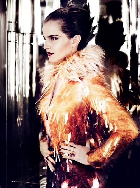 VOGUE MAGAZINE Emma Watson in Emma Watson's New Day by Mario Testino. July 2011, Camilla Nickerson, www.imageamplified.com, Image Amplified (4)