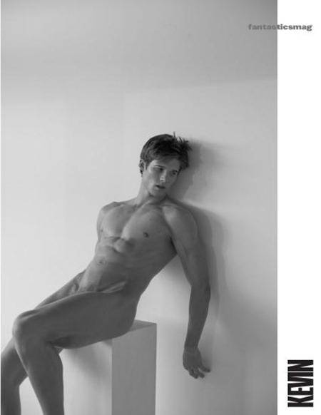 FANTASTICSMAG Ten Raw by Aldo Rossi. www.imageamplified.com, Image Amplified (17)