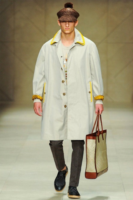 MILAN FASHION WEEK Burberry Prorsum Spring 2012. www.imageamplified.com, Image Amplified (16)